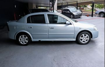 Chevrolet Astra 2.0 MPFi Advantage Sedan 8v - Foto #9