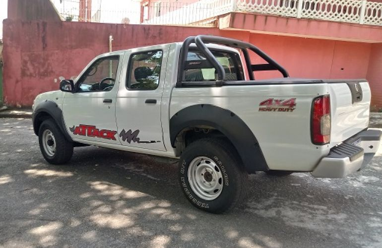 Nissan Frontier XE 4x4 2.8 Eletronic (cab. dupla) - Foto #4