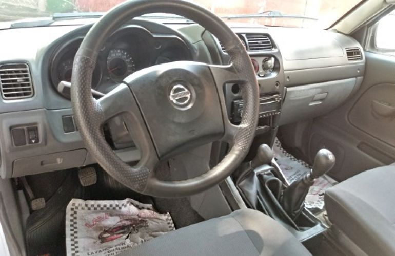 Nissan Frontier XE 4x4 2.8 Eletronic (cab. dupla) - Foto #6