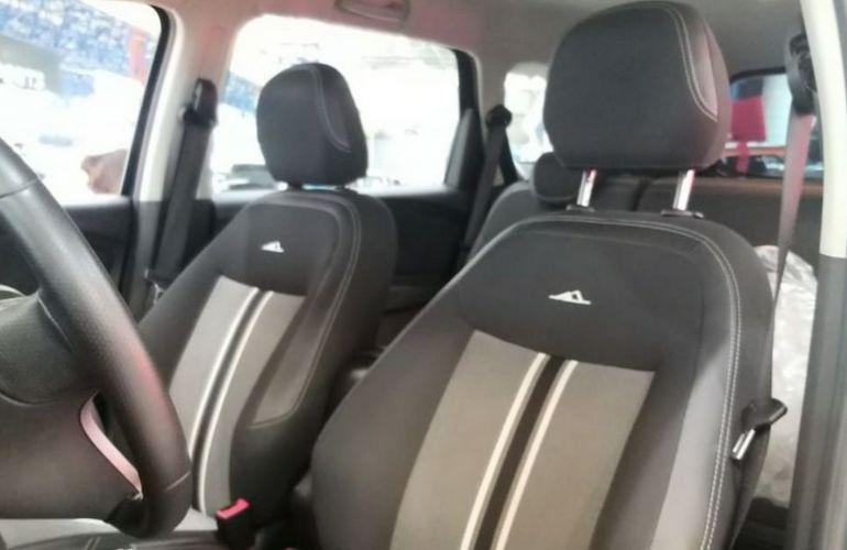 Chevrolet Spin 1.8 Activ 8v - Foto #10