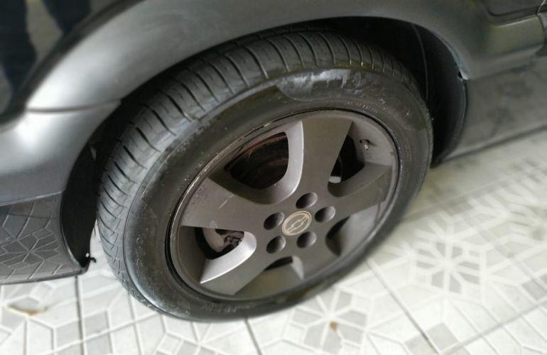 Chevrolet Zafira 2.0 MPFi CD 8v - Foto #9