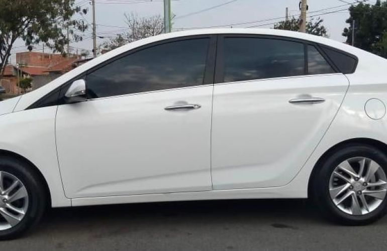 Hyundai Hb20 1.6 Premium 16v - Foto #8
