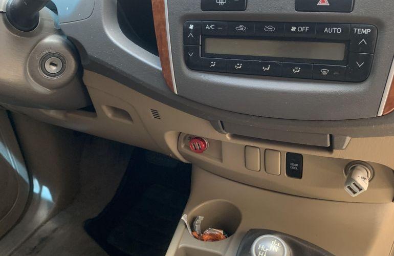 Toyota Hilux SW4 SRV 4x4 3.0 Turbo - Foto #4