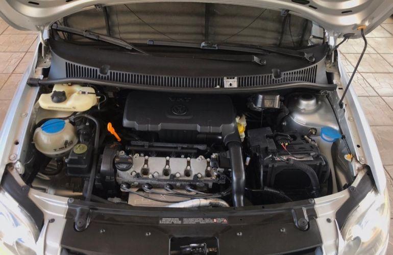 Volkswagen Fox 1.0 8V (Flex) - Foto #10
