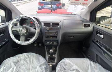 Volkswagen Fox 1.0 Mi 8v - Foto #8