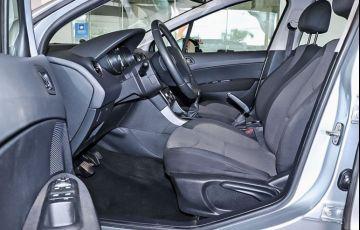 Peugeot 308 1.6 Active 16v - Foto #3