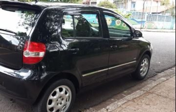 Volkswagen Fox Plus 1.0 8V (Flex) - Foto #3