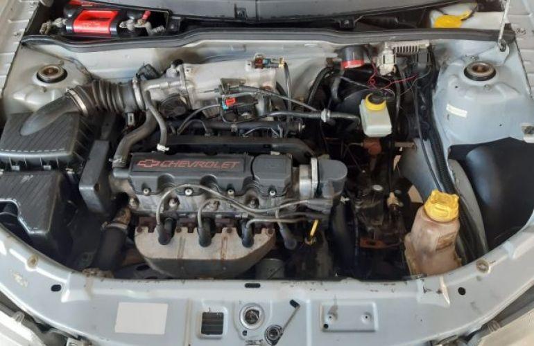 Chevrolet Celta 1.0 VHC 8V - Foto #7