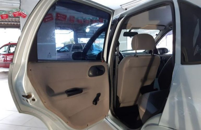 Chevrolet Classic LS 1.0 Mpfi 8V Flex - Foto #8