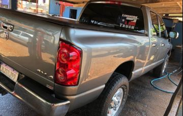 Dodge Ram 2500 SLT 5.9 - Foto #4