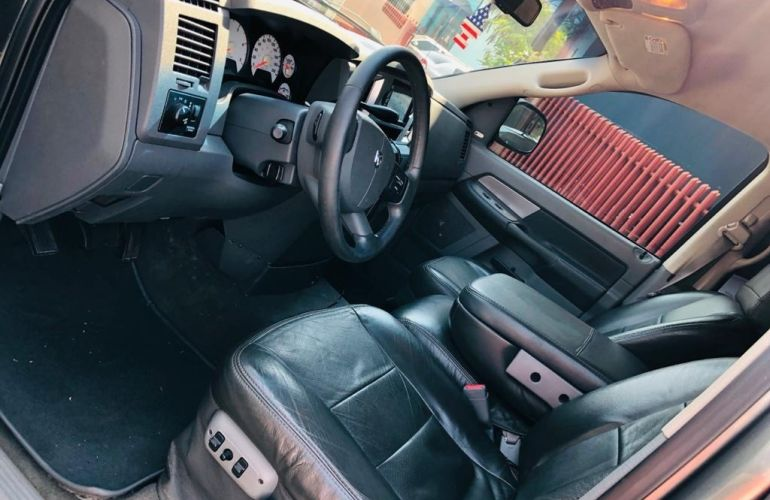 Dodge Ram 2500 SLT 5.9 - Foto #10