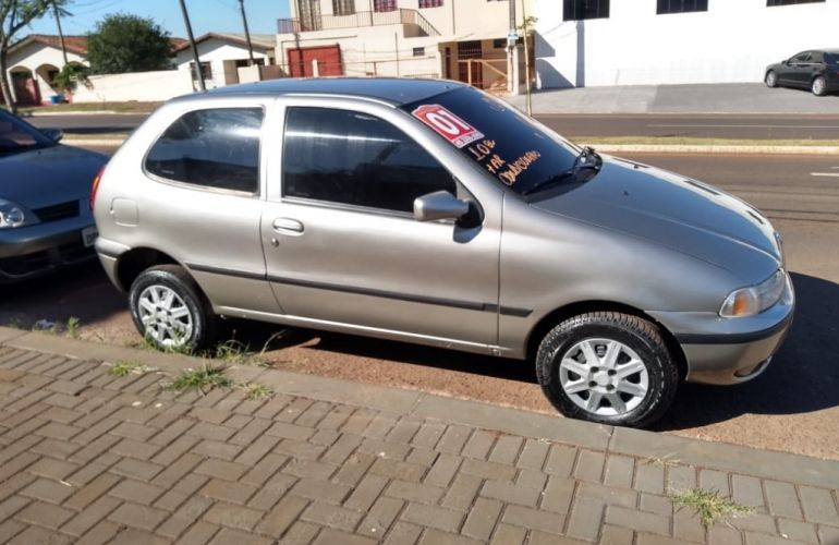 Fiat Palio Young 1.0 8V 4p - Foto #5