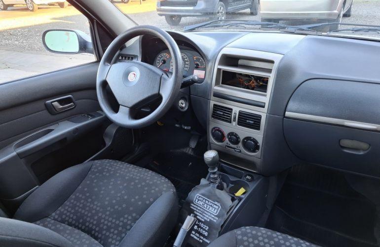 Fiat Siena Attractive 1.4 8V (Flex) - Foto #6