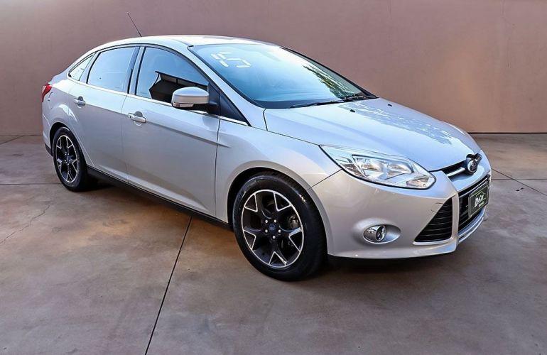 Ford Focus 2.0 Titanium Sedan 16v - Foto #1