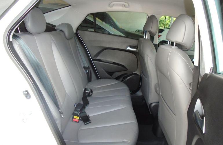 Hyundai Hb20s 1.6 Premium 16v - Foto #8