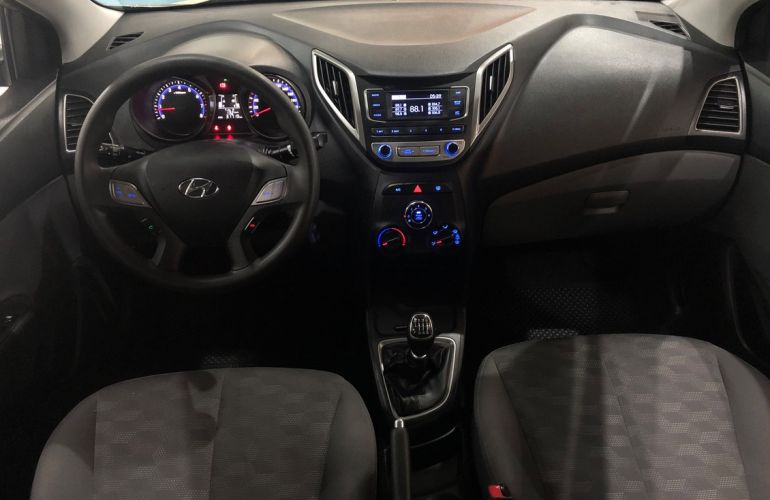 Hyundai Hb20s 1.6 Comfort Style 16v - Foto #5