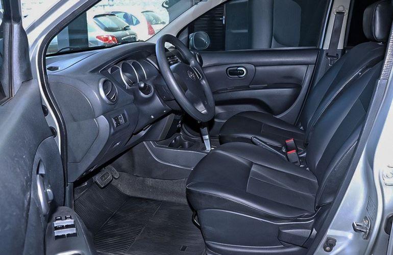Nissan Livina 1.8 SL 16v - Foto #4