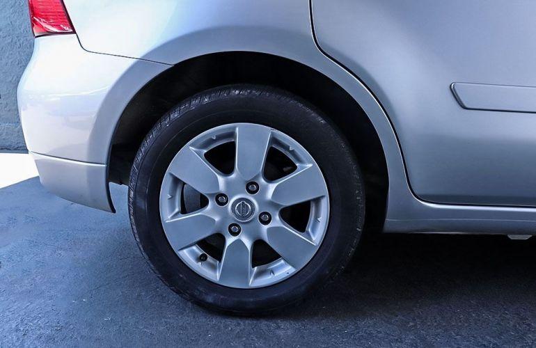 Nissan Livina 1.8 SL 16v - Foto #10