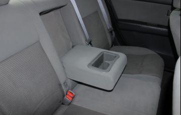 Nissan Sentra 2.0 16V - Foto #10