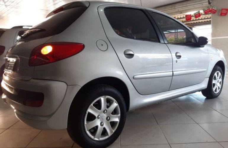 Peugeot 207 XR 1.4 8V Flex - Foto #6