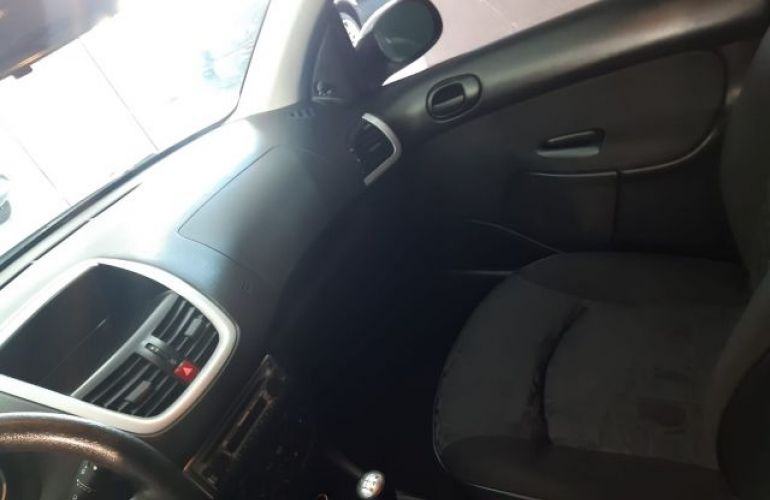 Peugeot 207 XR 1.4 8V Flex - Foto #8