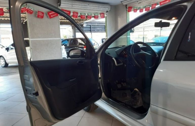 Peugeot 207 XR 1.4 8V Flex - Foto #9
