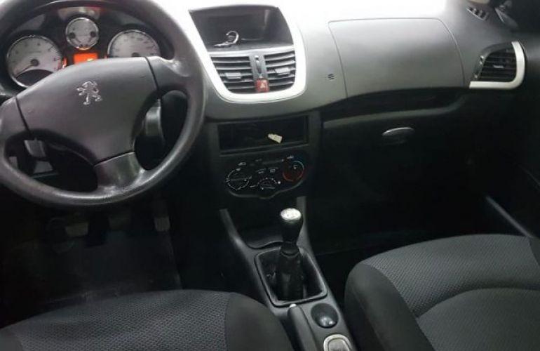 Peugeot 207 Sedan XR Sport Passion 1.4 8V Flex - Foto #4