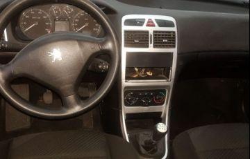 Peugeot 307 Presence 1.6 16V Flex - Foto #4