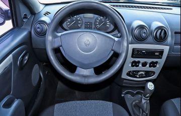 Renault Logan 1.6 Expression 16v - Foto #6