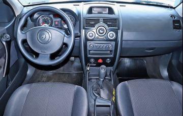 Renault Megane 2.0 Expression Sedan 16v - Foto #5
