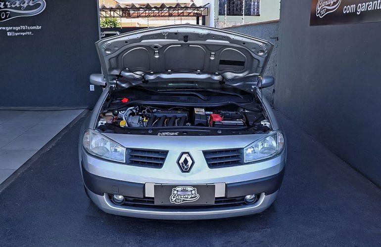 Renault Megane 2.0 Expression Sedan 16v - Foto #8
