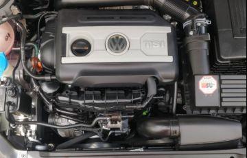 Volkswagen Jetta 2.0 TSI Highline DSG - Foto #5