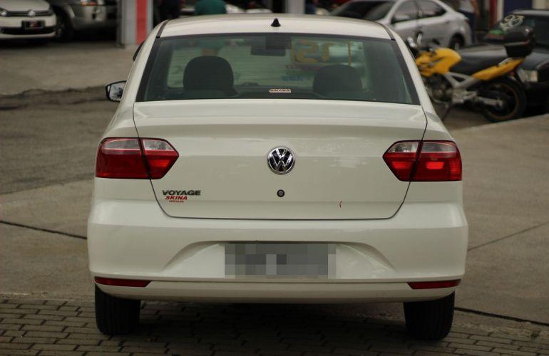 Volkswagen Voyage 1.0 Mi Trendline 8v - Foto #4