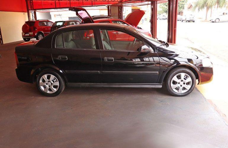 Chevrolet Astra 2.0 MPFi Sedan 8v - Foto #9