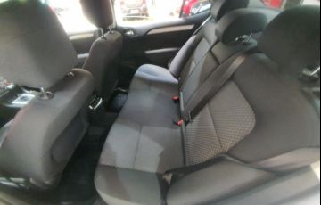 Citroën C4 Lounge 1.6 S 16V Turbo - Foto #6