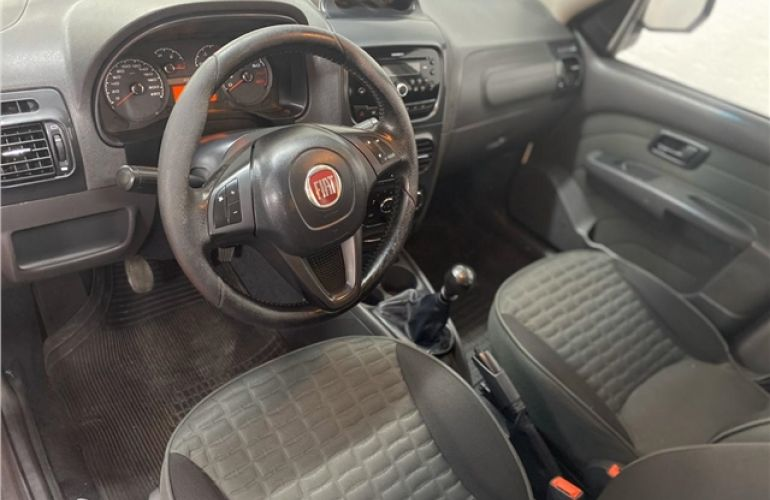 Fiat Palio 1.8 MPi Adventure Weekend 16V Flex 4p Manual - Foto #6