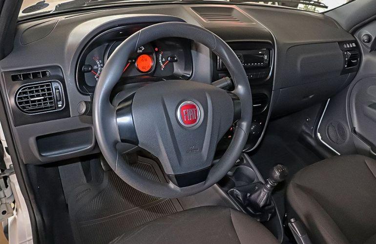 Fiat Strada 1.4 MPi Hard Working CE 8v - Foto #6
