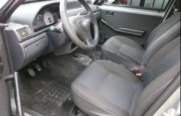 Ford Fiesta 1.6 MPi Class Hatch 8v - Foto #9