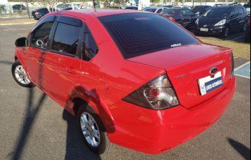 Ford Fiesta 1.6 Rocam SE Sedan 8v - Foto #5