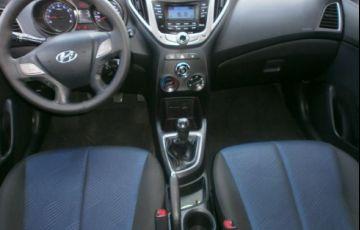 Hyundai Hb20s 1.6 Comfort Plus 16v - Foto #8