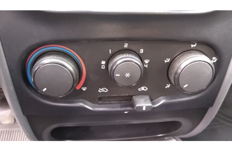 Fiat Strada Working 1.4 (Flex) (Cabine Simples) - Foto #10