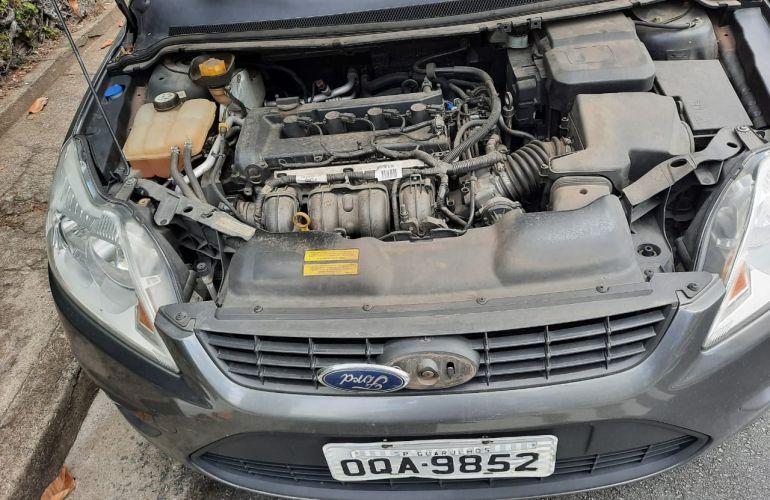 Ford Focus Sedan GLX 2.0 16V (Flex) (Aut) - Foto #5