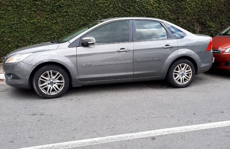 Ford Focus Sedan GLX 2.0 16V (Flex) (Aut) - Foto #9