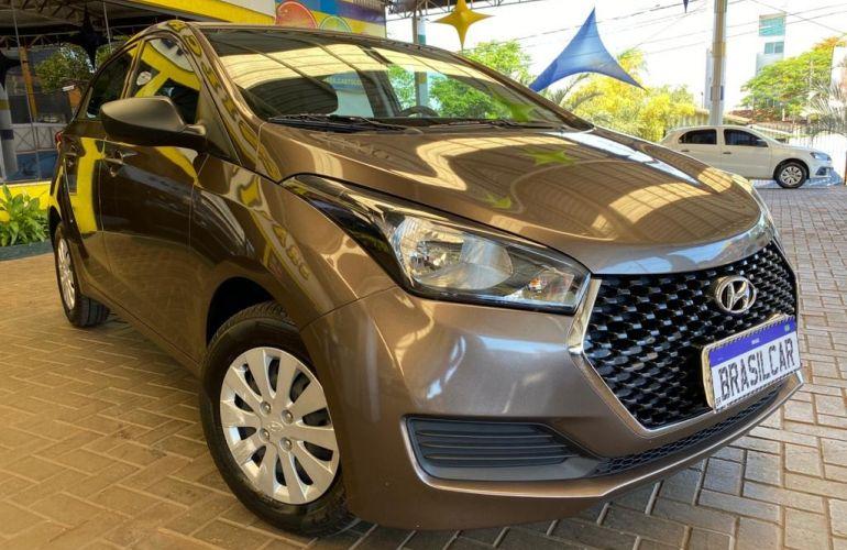 Hyundai HB20 1.0 Unique - Foto #2