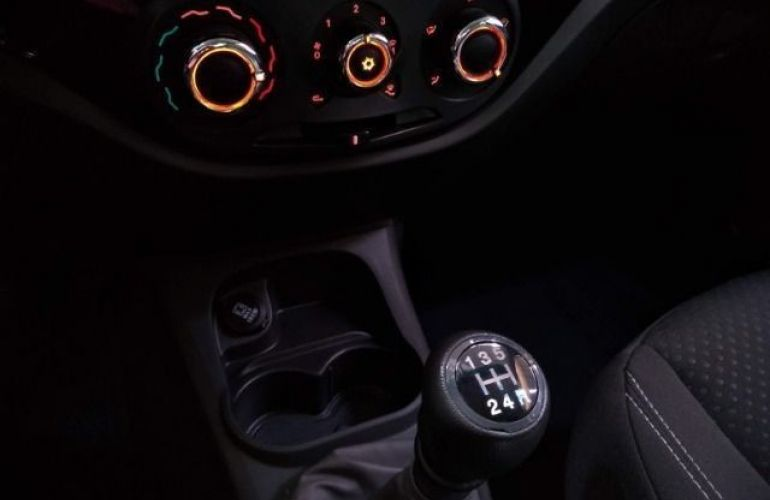 Fiat Grand Siena 1.4 MPi Attractive 8v - Foto #10