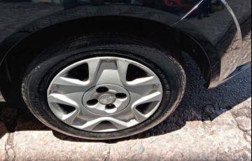 Ford Fiesta 1.0 MPi Hatch 8v - Foto #7
