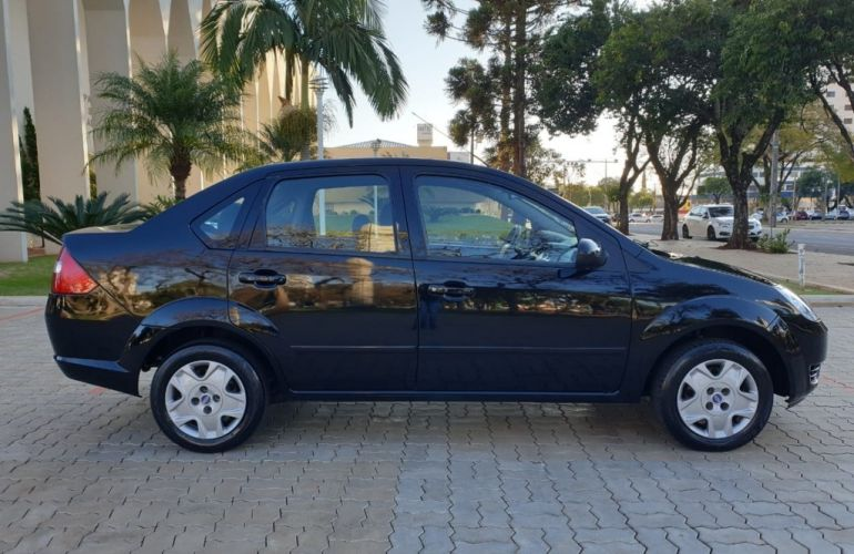 Ford Fiesta Sedan 1.6 (Flex) - Foto #9