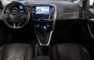 Ford Focus 2.0 SE Plus Fastback 16v - Foto #5