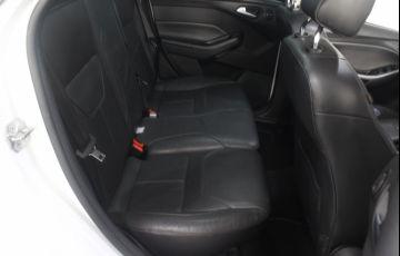 Ford Focus 2.0 SE Plus Fastback 16v - Foto #6