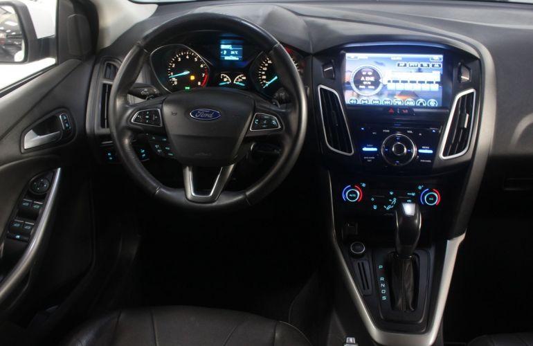 Ford Focus 2.0 SE Plus Fastback 16v - Foto #8